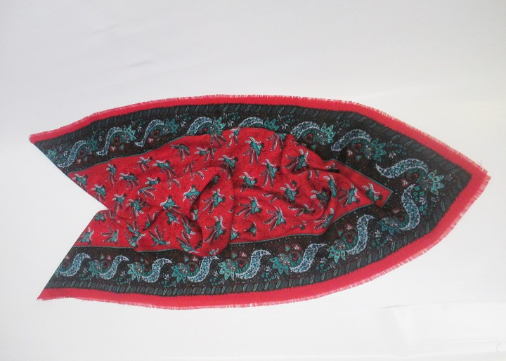 Wolltuch rot mit Paisleymuster